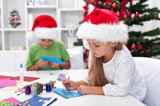 Julpyssel för både barn och vuxna!
