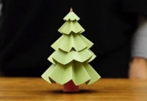 Julgran av papper